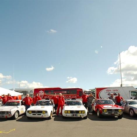46^ AvD-Oldtimer-Grand-Prix, Nürburgring: schieramento del Portello nei paddock. Foto di Dario Pellizzoni.
