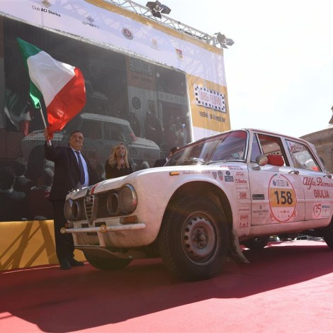 Targa Florio 2017, start. Scuderia del Portello, Alfa Romeo Giulia 1300 TI, Matteo Pellegrini-Elena Porta