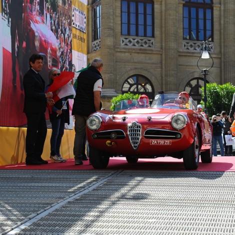 """Targa Florio 2017, partenza. Scuderia del Portello, Alfa Romeo Giulietta Spider tipo 750G """"Sebring"""", Gianni Carrisi, Tommaso Cirigugno"""