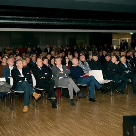 """Premiazione dei """"Campioni Alfa Romeo"""", Museo Storico di Arese, 23 febbraio 2019: il folto pubblico in sala, oltre 400 ospiti, di cui 220 premiati provenienti da 18 paesi del mondo"""