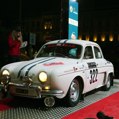Rallye Monte-Carlo Historique: Renato Bicciato su Alfa Romeo Dauphine alla partenza del Rallye Monte-Carlo Historique. Foto di Massimo Campi.