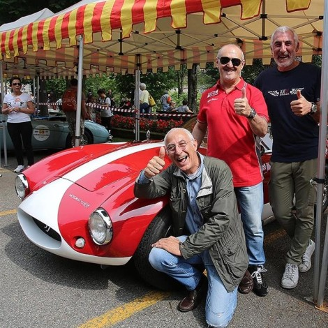 Bergamo Historic Grand Prix 2018: Eugenio Mosca with the brothers Leonardo e Vittorio Frigerio, who made the Effeffe Berlinetta