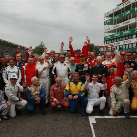 Il Portello con Gian Carlo Minardi e tutti i piloti che hanno partecipato all'Historic Minardi Day 2017_foto Bacchi
