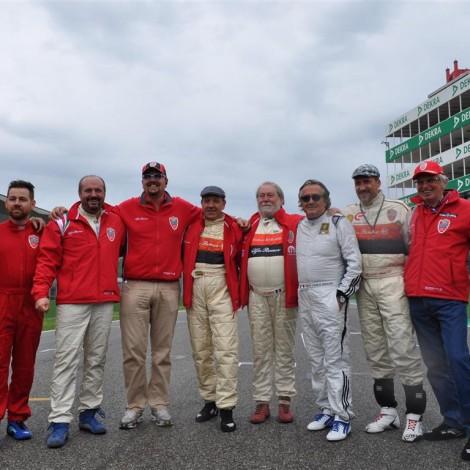 Il Portello con Gian Carlo Minardi ed Emanuele Pirro sulla pista di Imola. Foto Carbonaro